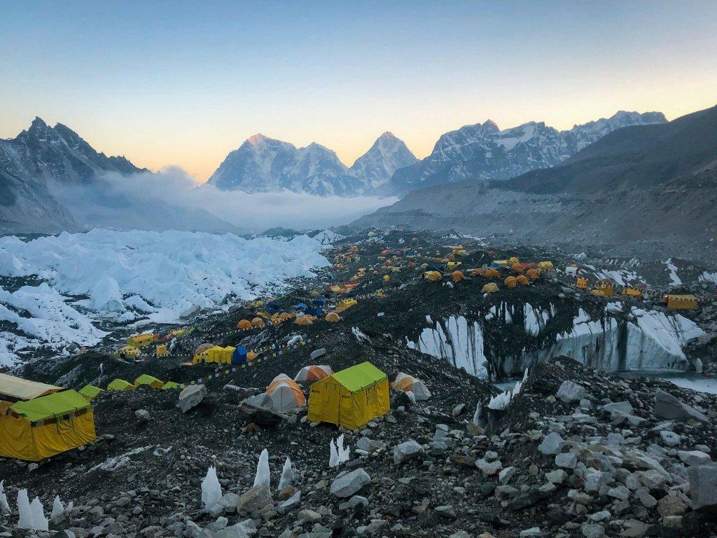 Everest Base Camp (5380m)